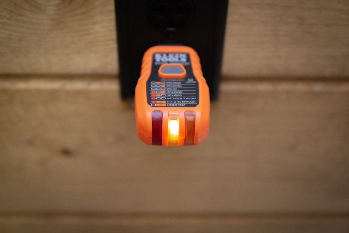 Electrical Tips and Tricks: Part 2 of 3 — Locating A Circuit In An Unmarked Breaker Box (Yes, it's possible. Andeasy.)